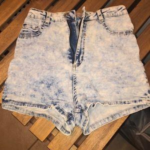 Super Highwaisted Shorts